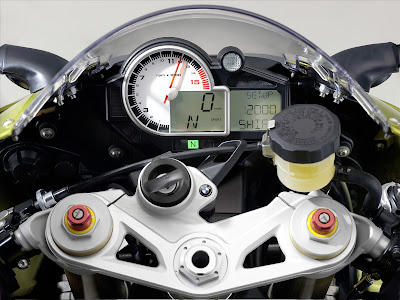 2011 BMW S1000RR Dash View