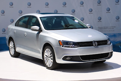 2011 Volkswagen Jetta Front Angle View