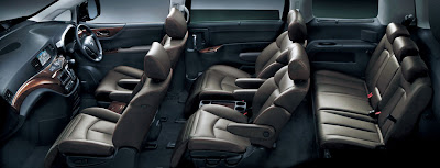 2011 Nissan Elgrand Seats View
