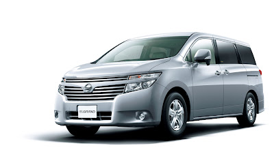 2011 Nissan Elgrand Official Photos