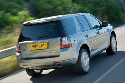 2011 Land Rover Freelander 2 Rear Side View
