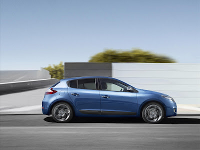 2011 Renault Megane GT Side in Motion View
