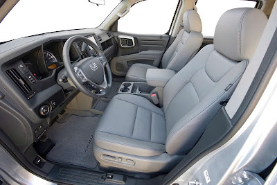 2011 Honda Ridgeline Front Seats Photo