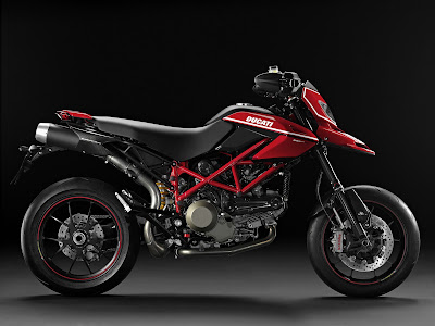 2010 Ducati Hypermotard 1100 EVO SP Side View