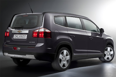 2011 Chevrolet Orlando Rear Side View
