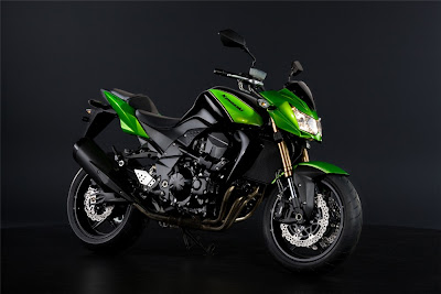 2011 Kawasaki Z750R Official Photos