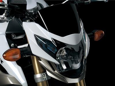 News Aksesoris Suzuki GSR750 Sportbike