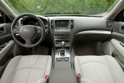 2011 Infiniti G25 Sedan Interior