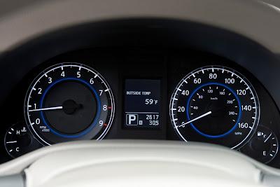 2011 Infiniti G25 Sedan Gauges