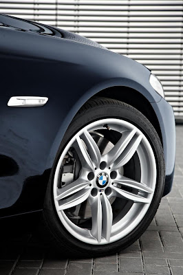 2011 BMW 5-Series M Sport Wheel