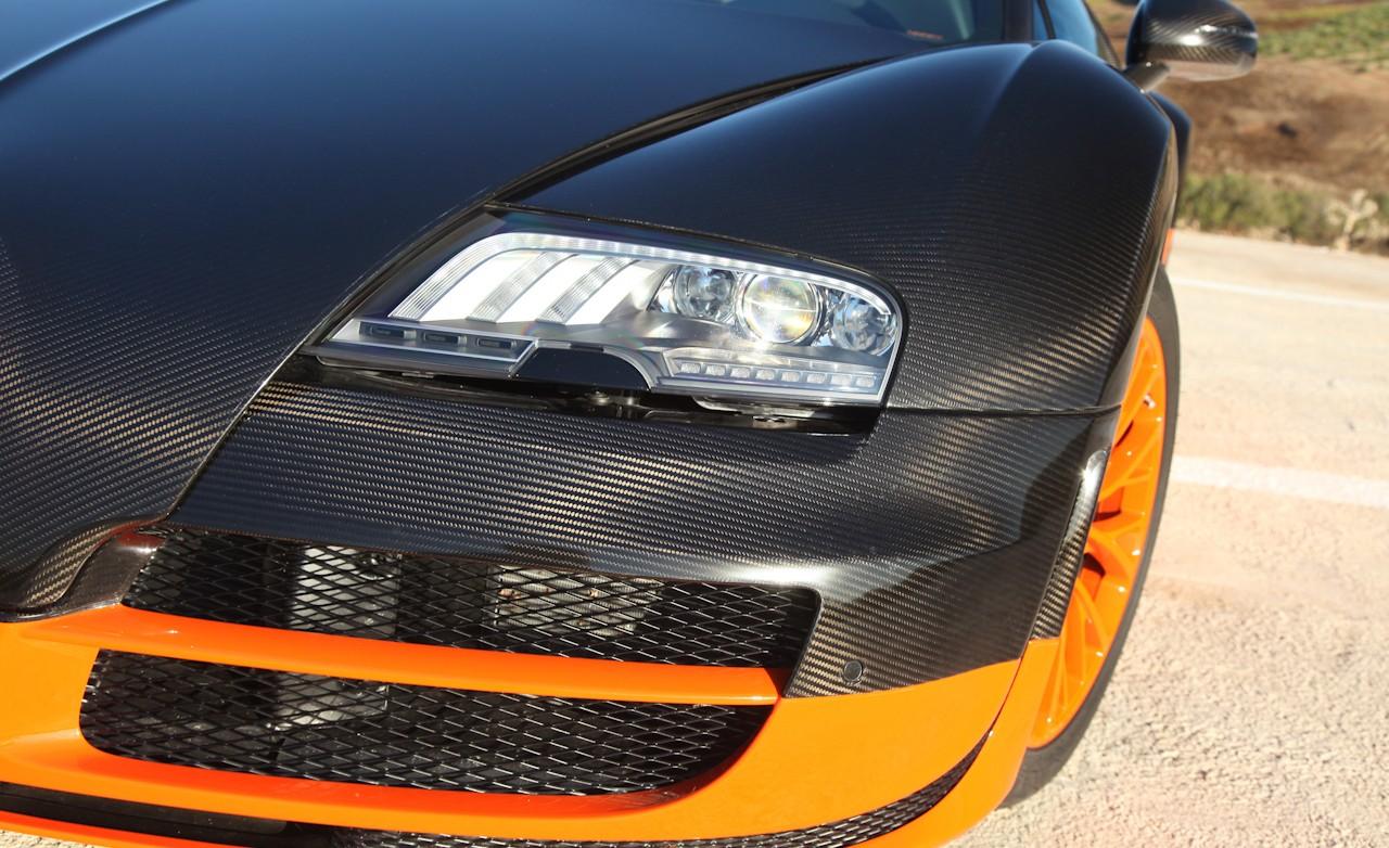 auto car zone 2011 bugatti veyron 16 4 super sport gallery. Black Bedroom Furniture Sets. Home Design Ideas
