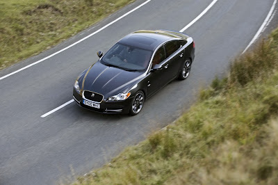 2011 Jaguar XF Black Pack Overhead