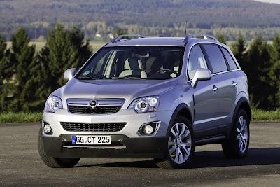 2011 Opel Antara Front View