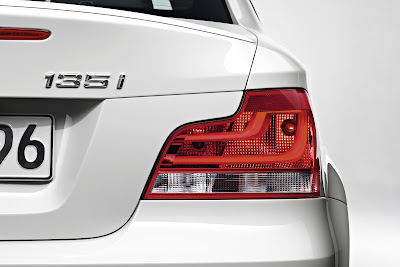 2012 BMW 1 Series Convertible Taillight