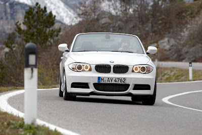 2012 BMW 1 Series Convertible Front Angle View