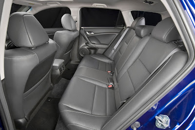 2011 Acura TSX Sport Wagon Rear Seats Photo