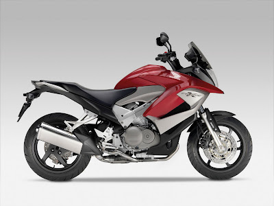 2011 Honda Crossrunner Wallpaper