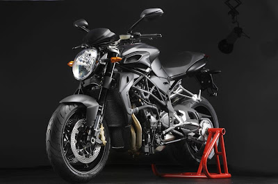 2011 MV Agusta Brutale 920 Official Photos