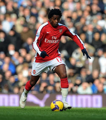 Alex Song Football Pictures