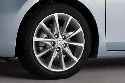 2012 Toyota Prius V Wheel