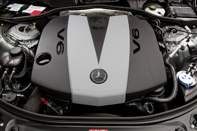 2012 Mercedes-Benz S350 BlueTEC 4MATIC Engine Photo
