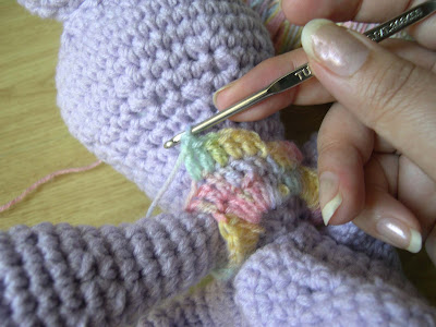 How Do I Crochet : yoonie-at-home : Crochet Catch-Up May : How do you dress an ...