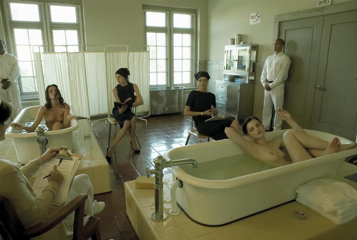 Фото голые девки в больнице, Голые у врача фото, медосмотр девушки 2 фотография