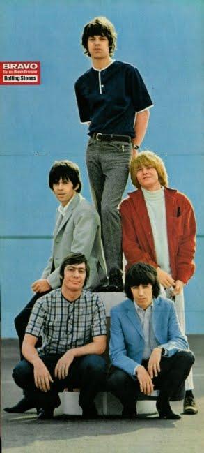 http://1.bp.blogspot.com/_J48qpwCUj3I/S7MlaPbv2RI/AAAAAAAABiE/r31BoXf57wY/s1600/1965-12+Rolling+Stones.jpg