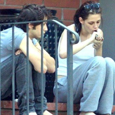 Kristen Stewart Smoking Weed celebrity gossip