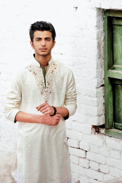 Mens Kurta Fashion. Indian Mens Fashion 2011 with latest Designs