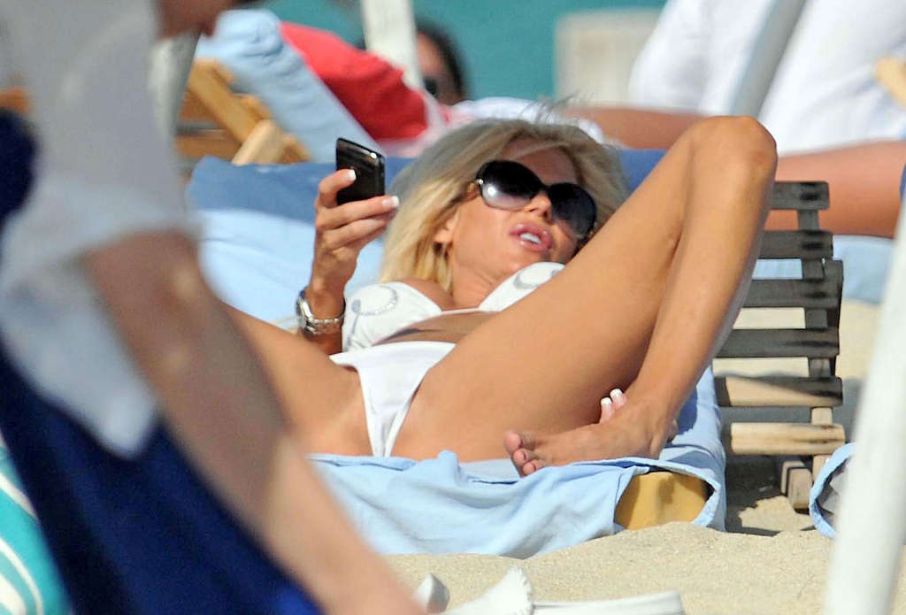 Victoria silvstedt nude exposed