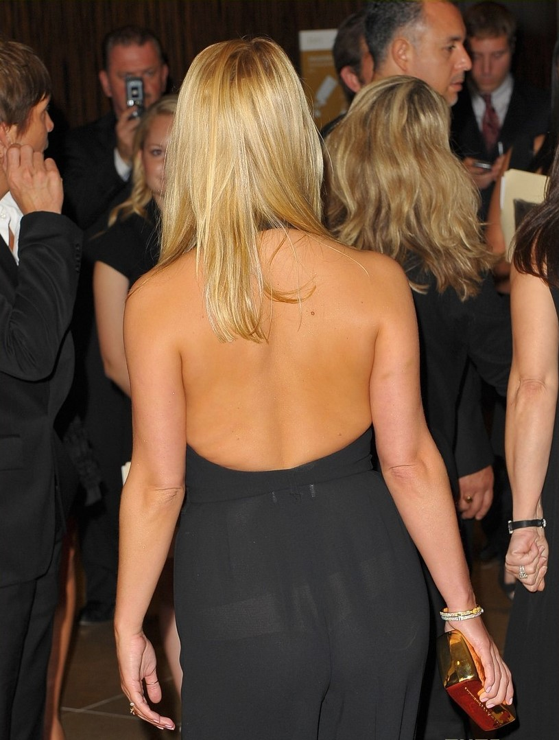 kaley cuoco butt naked sex