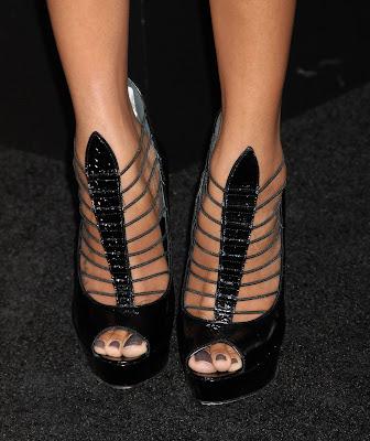 Zoe Saldana feet picturesZoe Saldana Feet