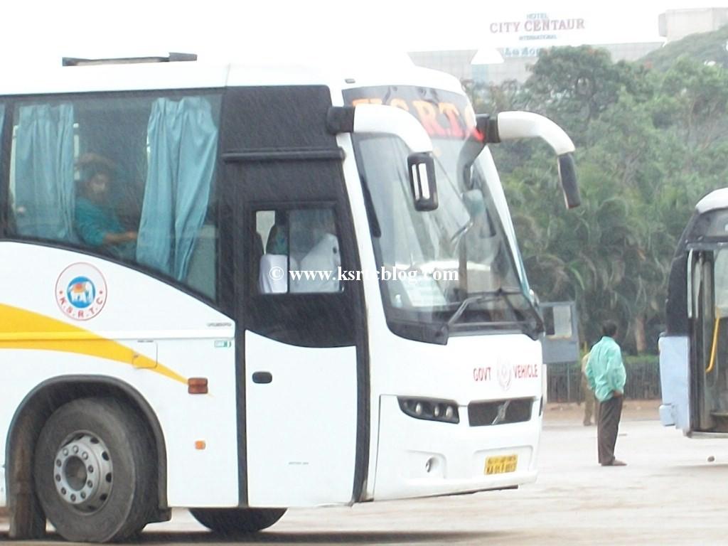 Indian Luxury Buses: 06/01/2010 - 07/01/2010