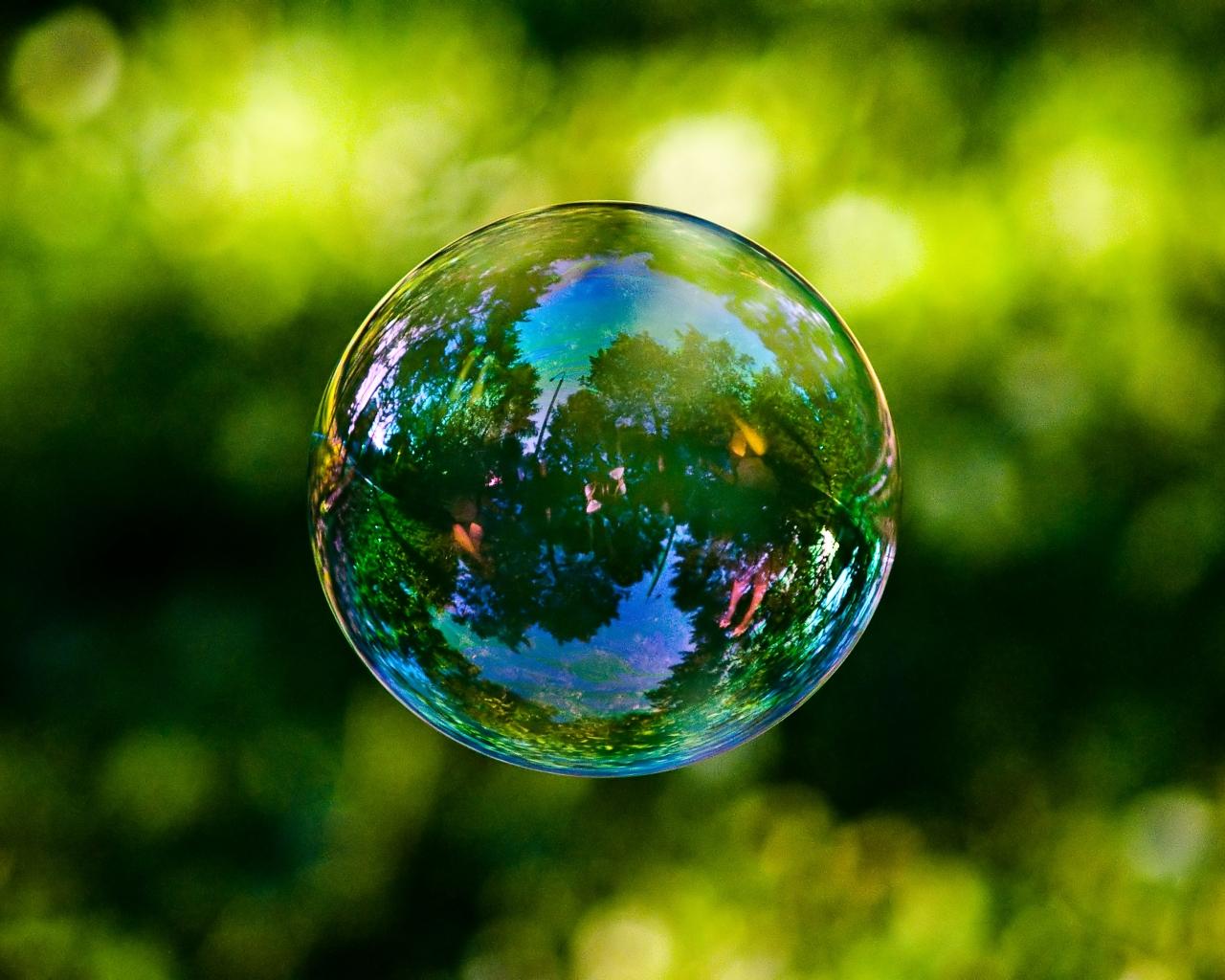 http://1.bp.blogspot.com/_JB8C41aax0w/TRpc9iW0XZI/AAAAAAAAAQ0/dIyO-C0A0kE/s1600/soap_bubble.jpg