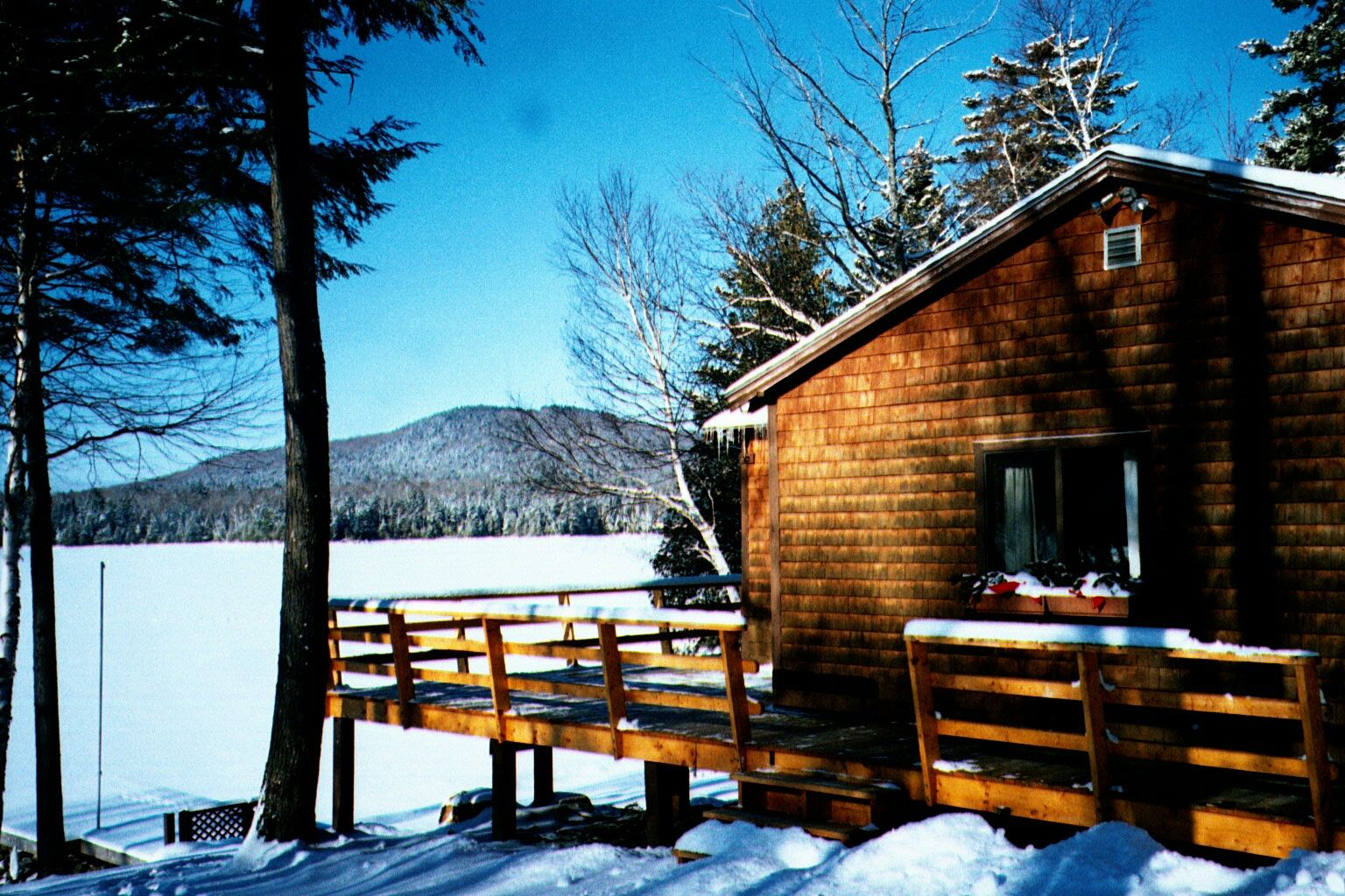 Moosehead lake vacations the cozy moose greenville maine for Fishing access near me