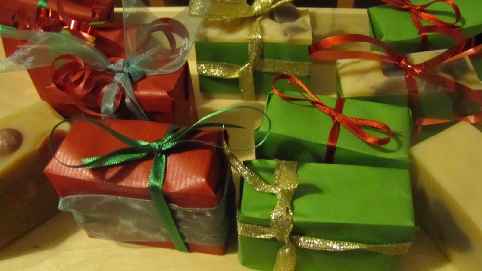 http://1.bp.blogspot.com/_JC1cgic6_D8/TPDPYo4om9I/AAAAAAAAAgg/2nkZeI33NSg/s1600/Christmas%2Bcraft%2Bfair%2B5.JPG