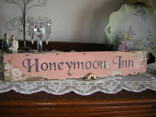 Honeymoon Sign