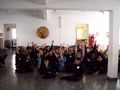 Compartimos una hermosa experiencia junto a otras escuelas,coros, abuelos y familia de los chicos.