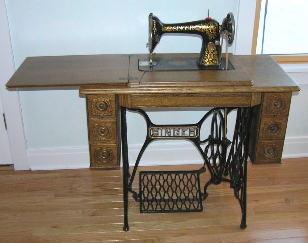 antique treadle singer sewing machine
