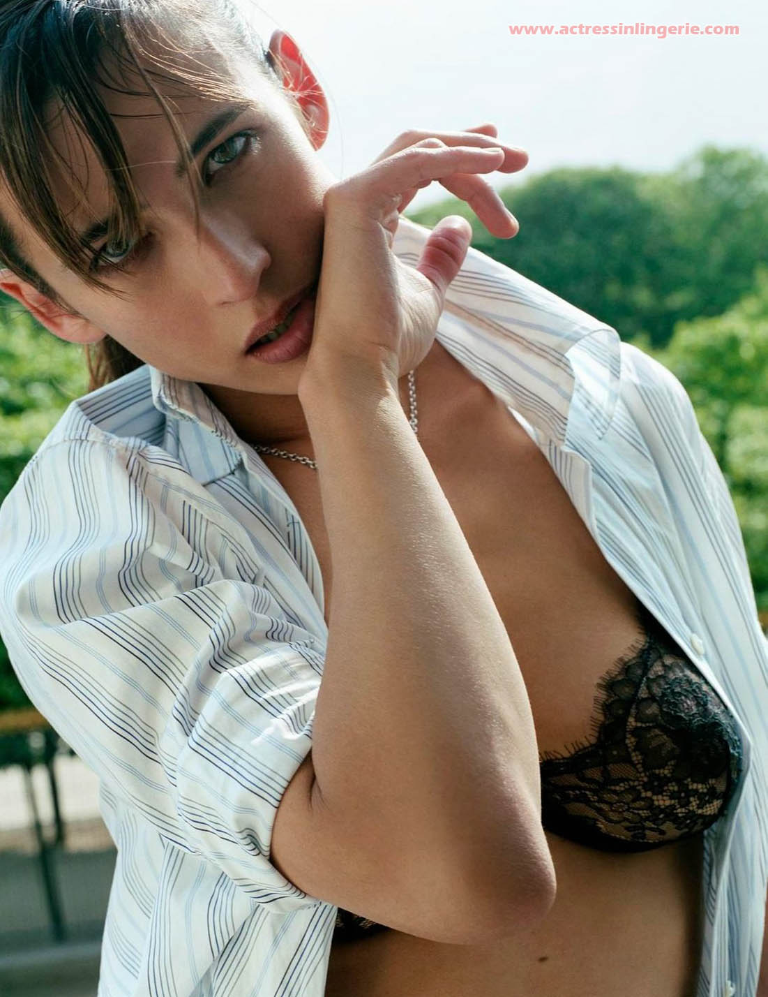http://1.bp.blogspot.com/_JFX5_9i0Xng/S_EJU-YeWsI/AAAAAAAAD8M/muFW24Yz44c/s1600/Sophie-Marceau-Hot_Underwear+1.jpg