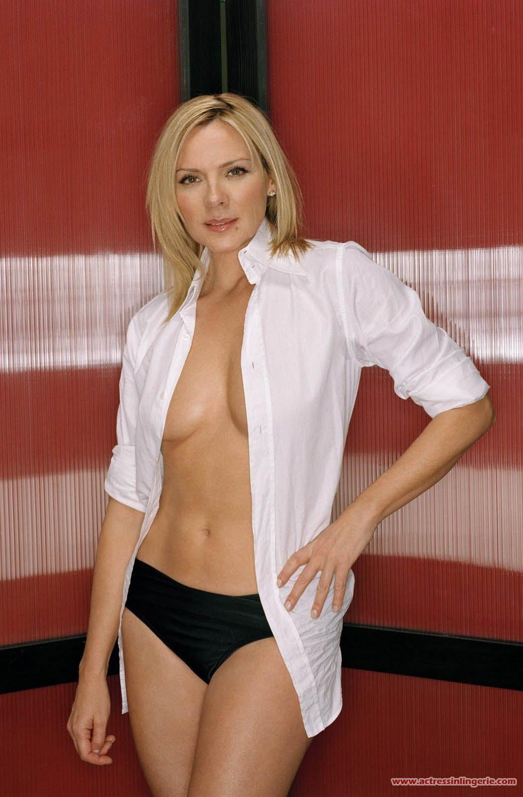 http://1.bp.blogspot.com/_JFX5_9i0Xng/TAvTu884SkI/AAAAAAAAEKU/daxluG_V_UE/s1600/Kim_Cattrall_Sexy_in_Lingerie+1.jpg