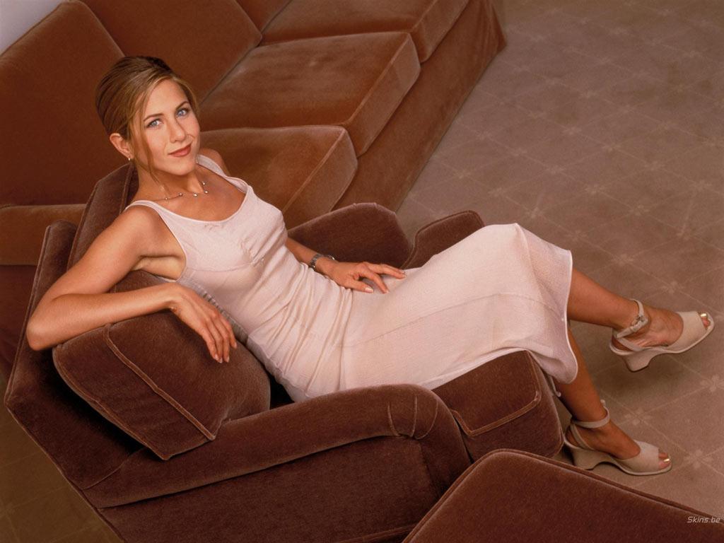 http://1.bp.blogspot.com/_JFX5_9i0Xng/TKHgaepskQI/AAAAAAAAE3c/f2d1RB0L4wY/s1600/Jennifer+Aniston+048.jpg