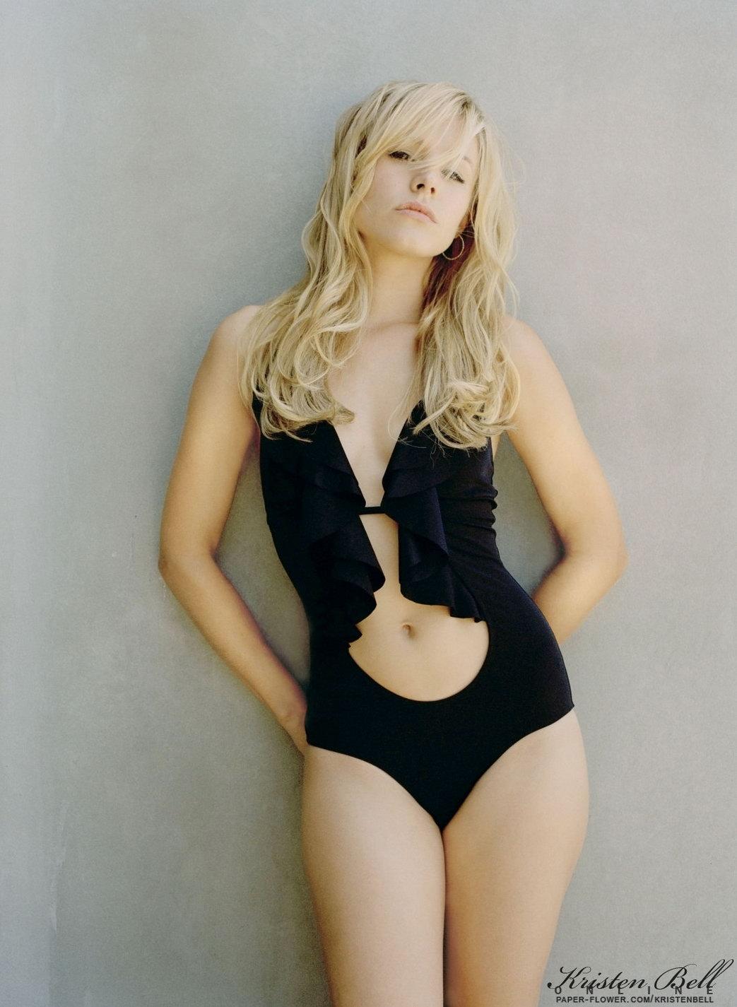 http://1.bp.blogspot.com/_JFX5_9i0Xng/TVTpqyFXZuI/AAAAAAAAFVc/AGneTj7KGVc/s1600/Kristen-Bell-Lingerie-Fashion-Pics%2B1.jpg
