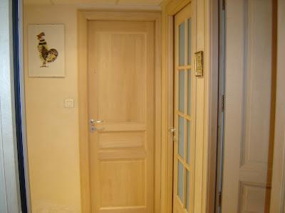 Profession menuisier placard porte de separation et porte - Pose de porte interieur ...