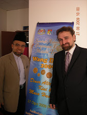 Webdinar founder,Borhannudin & Kelantan Golden Trade CEO,Prof Vadillo at Sedinar 09
