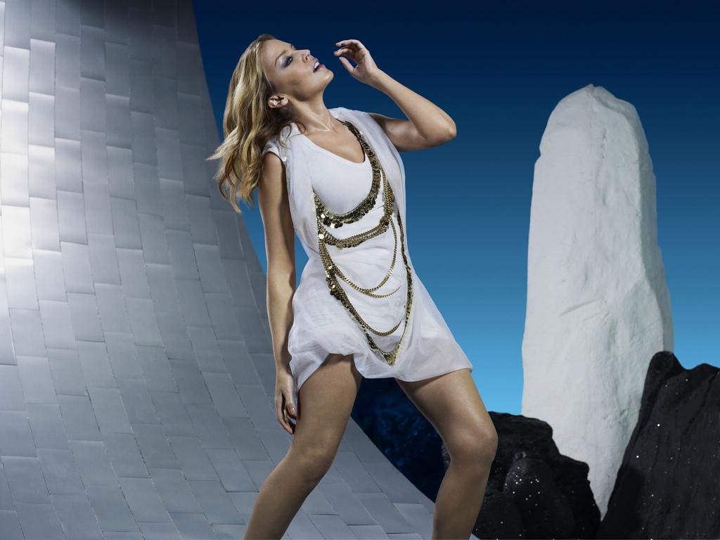 http://1.bp.blogspot.com/_JHRcPMYWdmM/S_fwrKIi8XI/AAAAAAAABNE/xTnlLx55g5E/s1600/Kylie+Aphrodite+Promo+2.jpg