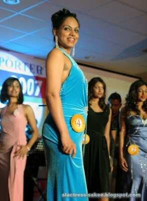 http://1.bp.blogspot.com/_JIbKoMn1Cpw/S0a6n2-BeAI/AAAAAAAABlk/I1Nd1LMI_Vk/s400/miss+srilanka,canada,usa.jpg