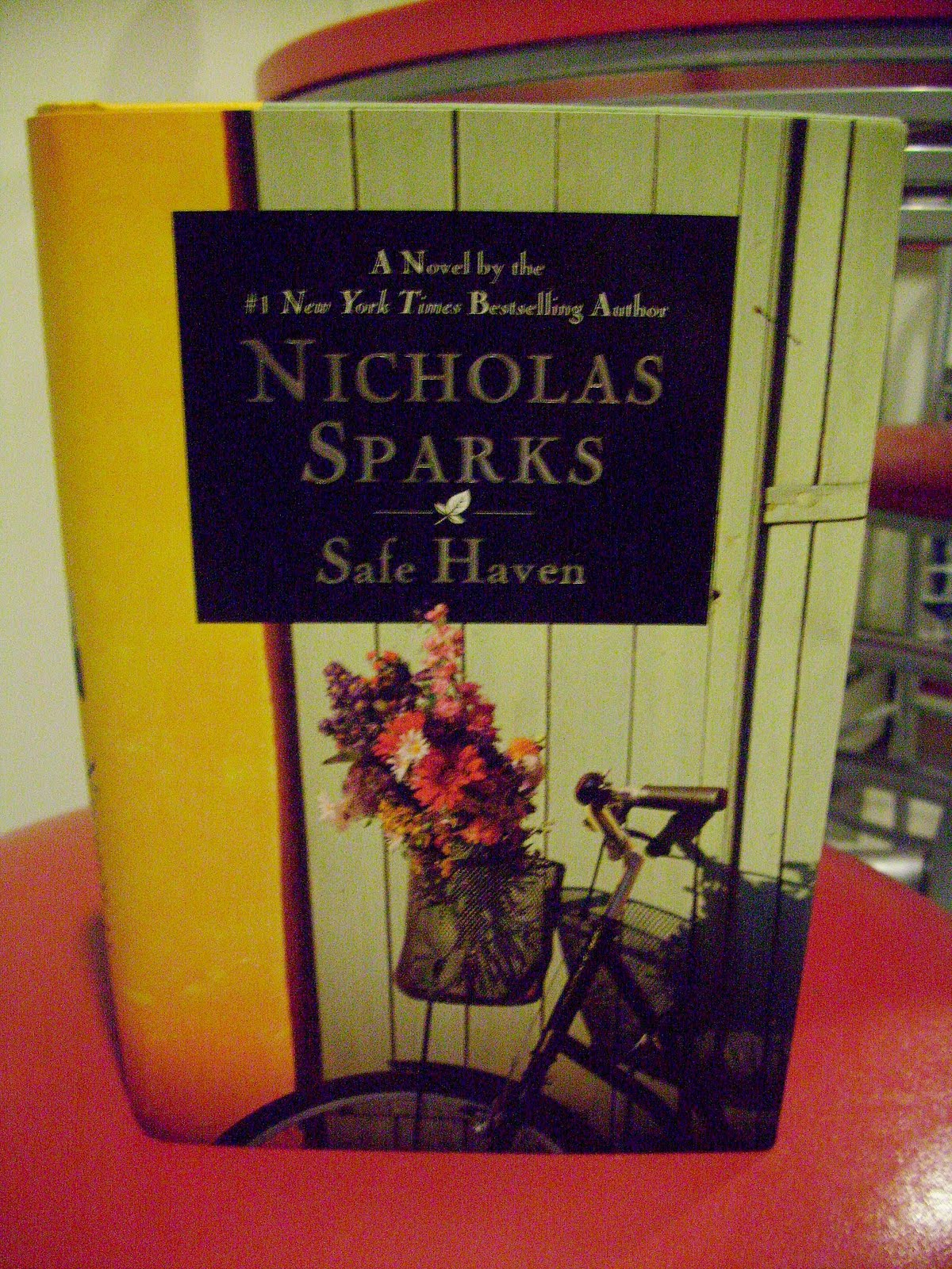 safe haven by nicholas sparks essay