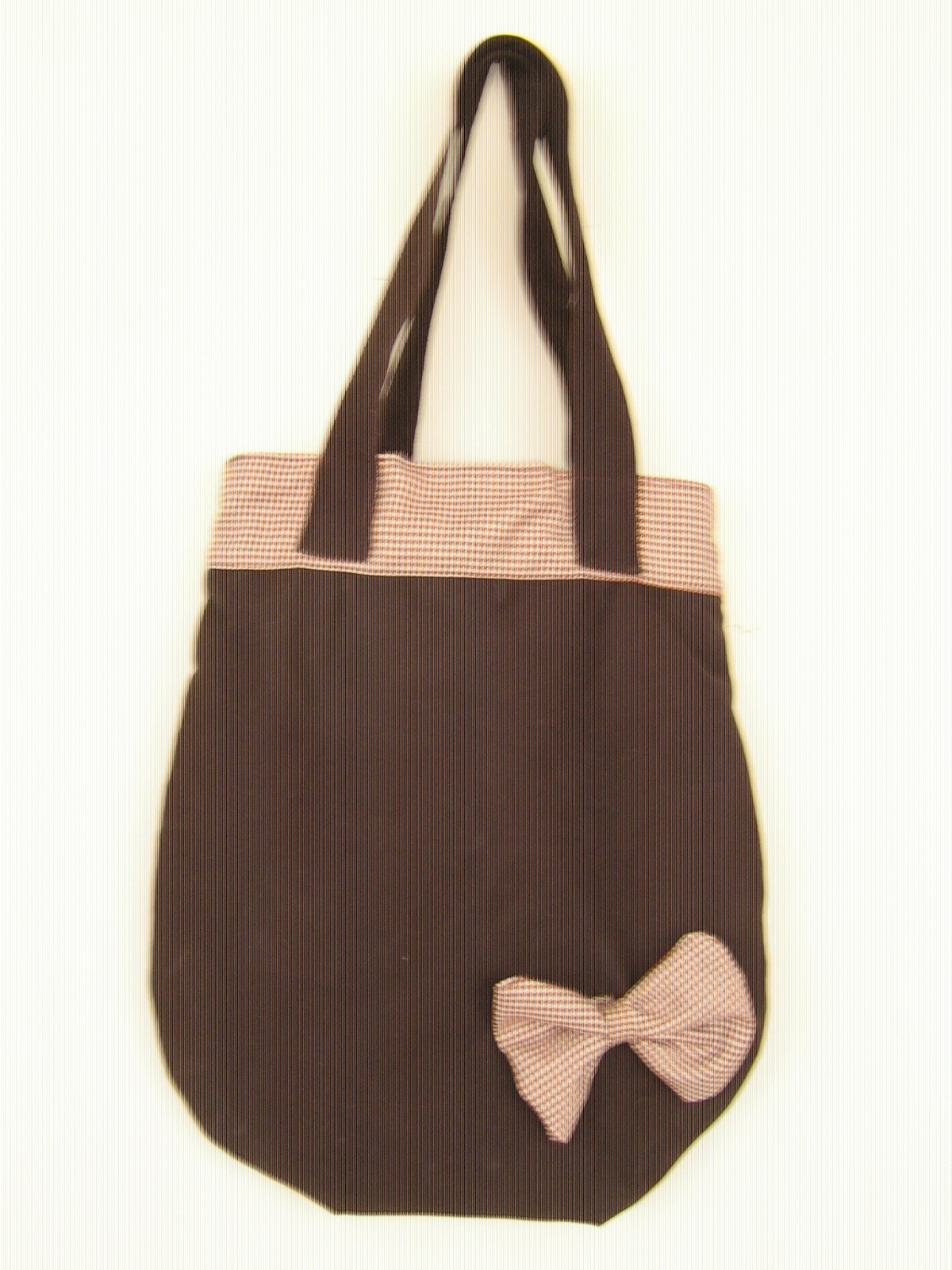 Los bag son bolsos muy amplios (40 cms de largo por 35cms de ancho) muy lindos y prácticos ideales para estudiantes universitarios o simplemente para lucir